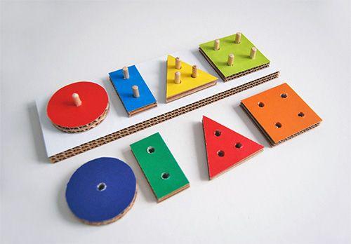 diy cardboard learning toy tutorialsIdeas, Cardboard Boxes, Holiday Gift, Peg Boards, Cardboard Toys, Kids Crafts, Diy Cardboard, Baby, Kids Toys
