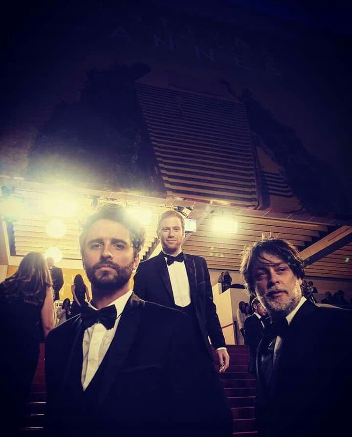 Desde Festival de Cannes ,llega esta imagen de estos guapos ! Augusto,Sebastián y Que buenos representantes tiene Chile Tuxedos Londress #Londress,#tuxedo,#esmoquin,#dapper,#vestuariomasculino,#menswear,#cannes2016,#cine,#chile,#embajadores,#WendyPozo,#indumentaria,#pruebadeactitud,#hilorojo,#mistral