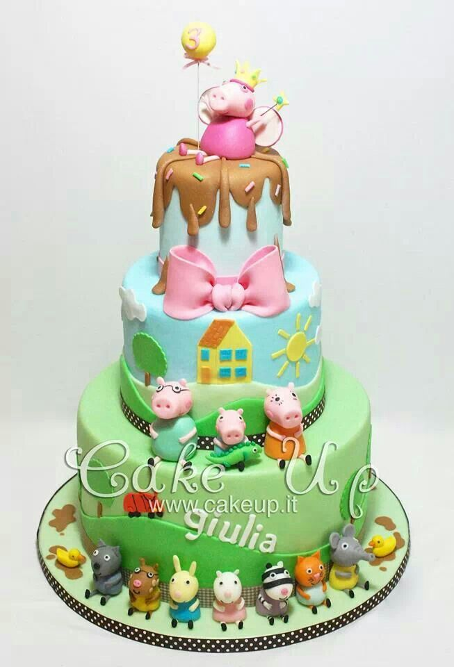 My children would LOVE LOVE LOVE this Peppa Pig cake!!!                                                                                                                                                      More