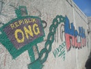 """Republik NGO"" - Graffiti in Haitis Hauptstadt Port-au-Prince (Bild: Deutschlandradio - Eberhard Schade)"