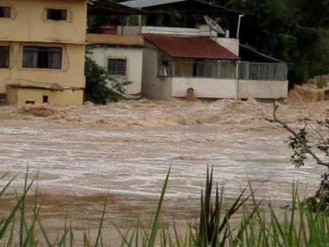 Enchente Ponte Nova -MG em  18-12-2008