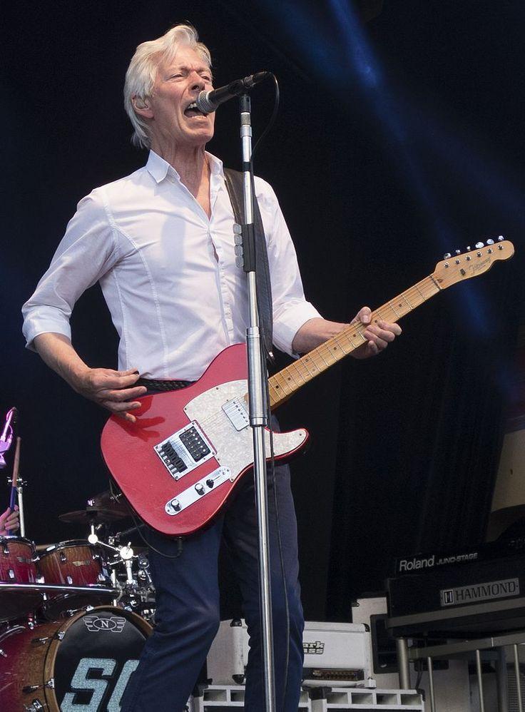 Andy Bown at Gröna Lund, Stockholm, Sweden, 2016-07-03.jpg