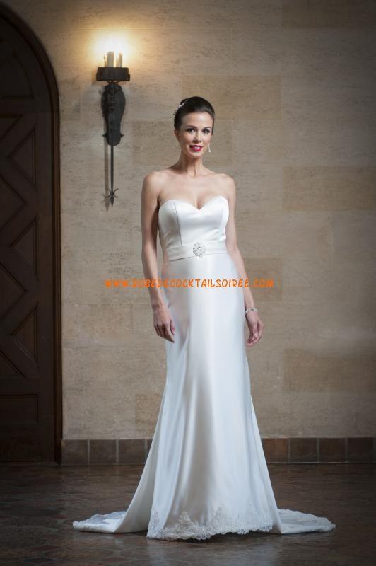 Belle robe de mariée simple blanche bustier 2013 appliques satin