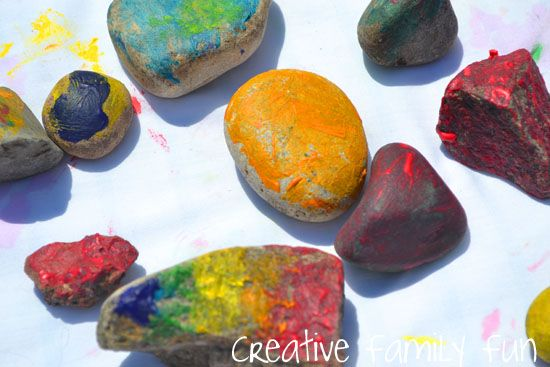 Get Crafty: Painting Rocks ~ Creative Family Fun: Paintings Rocks, Paintings Rivers, Rivers Rocks, Fun Ideas, Creative Families, Activities Paintings, Families Fun, Family Fun, Rocks Paintings