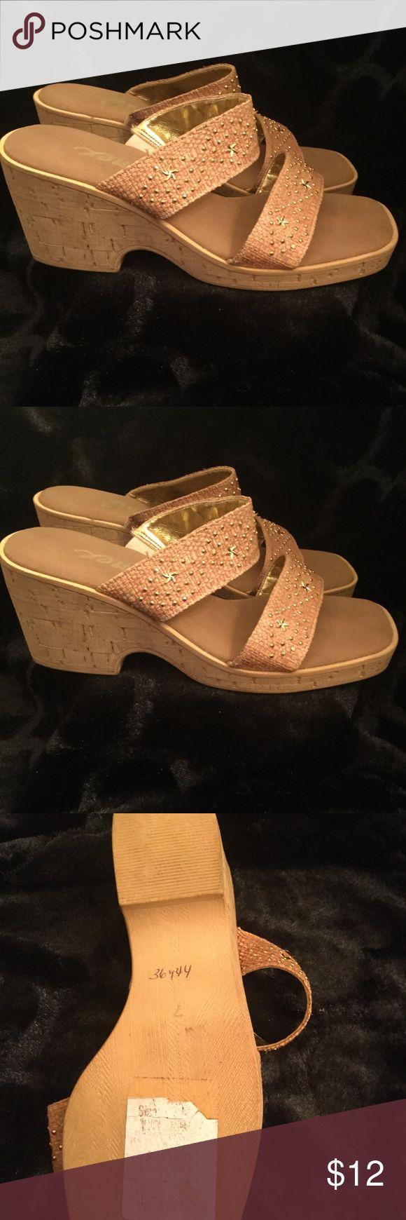 Onex Sandals Beach Onex Sandals in size 7!  Good condition. Onex Shoes Sandals