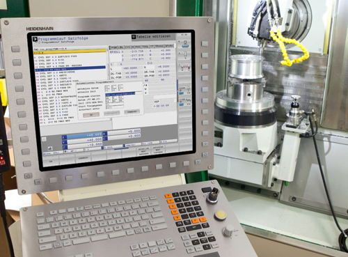 Heidenhain cnc programming software called Heidenhain Programming Station Software is a software which cnc programmers/machinists can download and install on their PCs