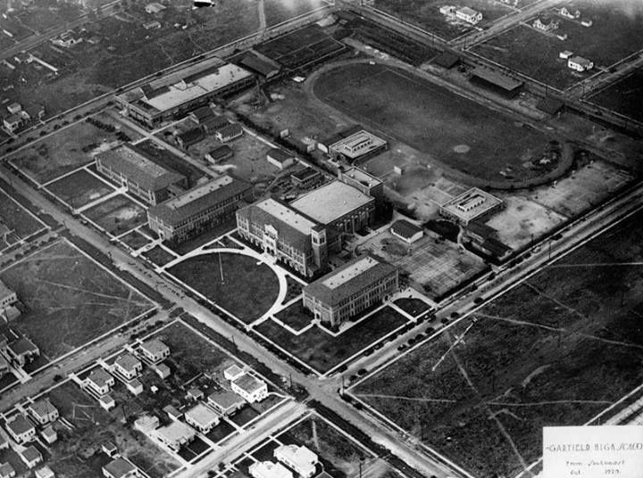 Aerial shot of Garfield High School in October 1929