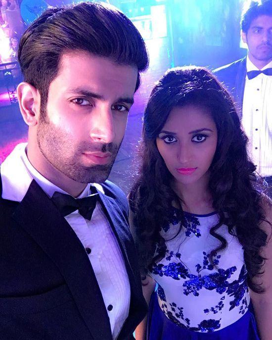 ek duje ke vaaste | ... Nikita Dutta : 5 Best Recent Selfies Of The Ek Duje Ke Vaaste Couple