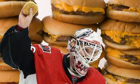 Andrew Hammond, a.k.a. The Hamburglar, gets free McDonald's for life | Puck Daddy - Yahoo Sports