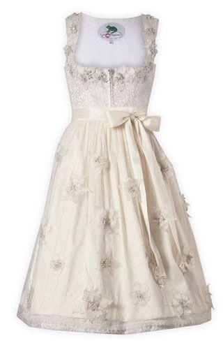 Brautdirndl Couture