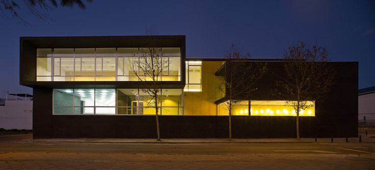 Sol89 Arquitectos || Training Center Of Town Hall (Sevilla, Spain)