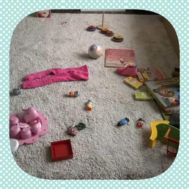 """Simple things that make me smile: Creating a mess on our new carpet! #CT_Challenges #family_time #happy_time"""