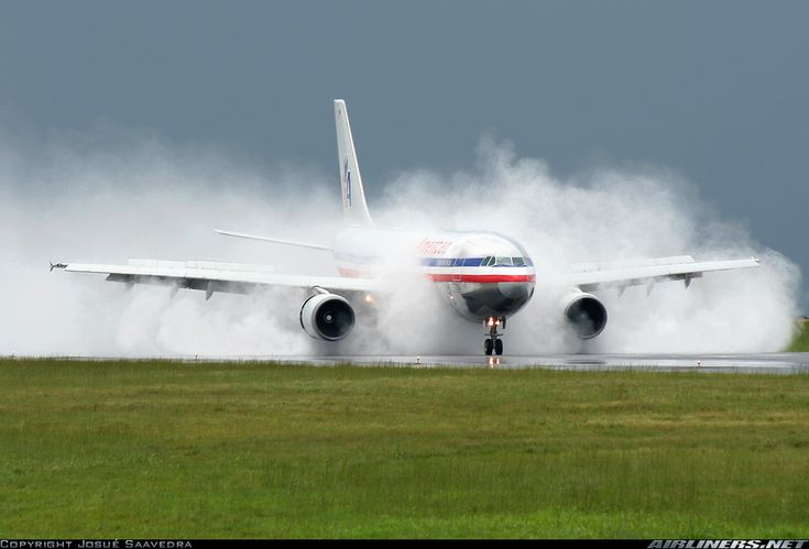 merican Airlines  Airbus A300B4-605R