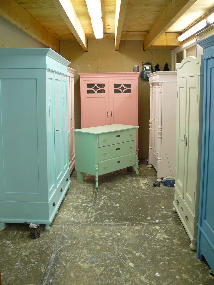 17 beste idee n over kast handgrepen op pinterest keuken kast handgrepen keukenkast hardware - Antieke stijl badkamer kast ...