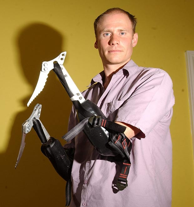 Amputee mountaineer Jamie Andrews to climb 121ft  wall with bespoke prosthetics