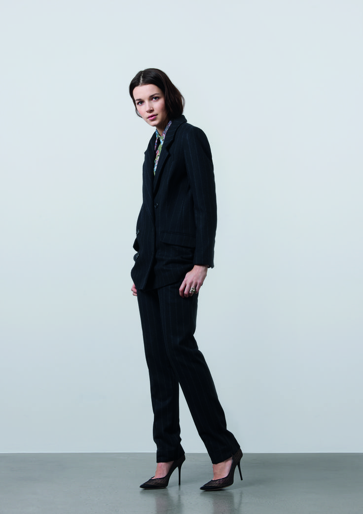 http://www.gatrimon.com/eshop/fr/ Jacket : ROD Shirt : SERY Pants : KOU