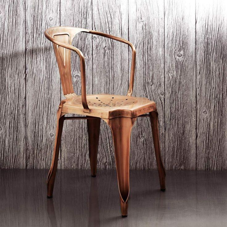 Inspiration industrielle pour cette chaise à la finition cuivre / Industrial chair with copper finishes #cuivre #copper #chair #design #shiny
