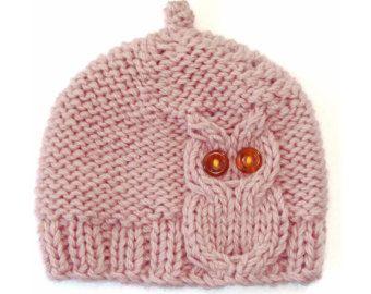Chouette Cable Knit Hat en brun chocolat par laceandcable sur Etsy