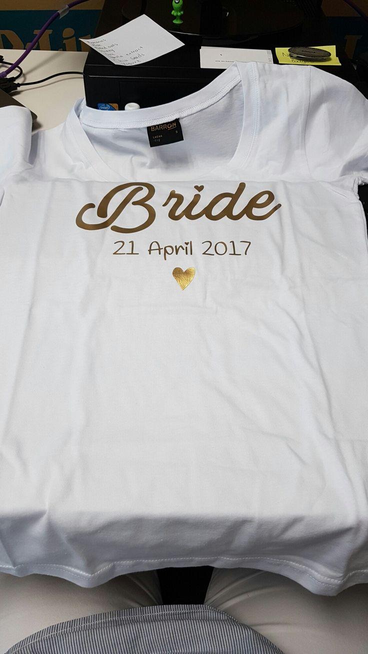 Brides gold tee