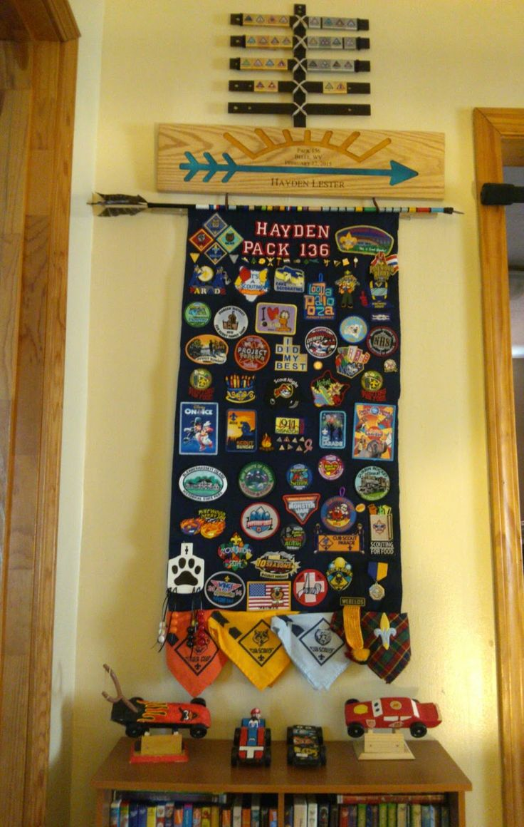 Book, Wine and Time: Make a Cub Scout Belt Loop Display for $1.50