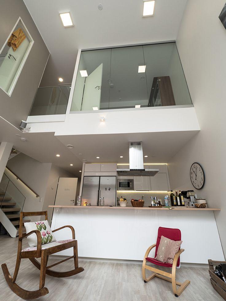 Modern LED-lights in a beautiful new home. / Modernit LED-valaisimet tyylikkäässä uudessa kodissa. www.valaistusblogi.fi