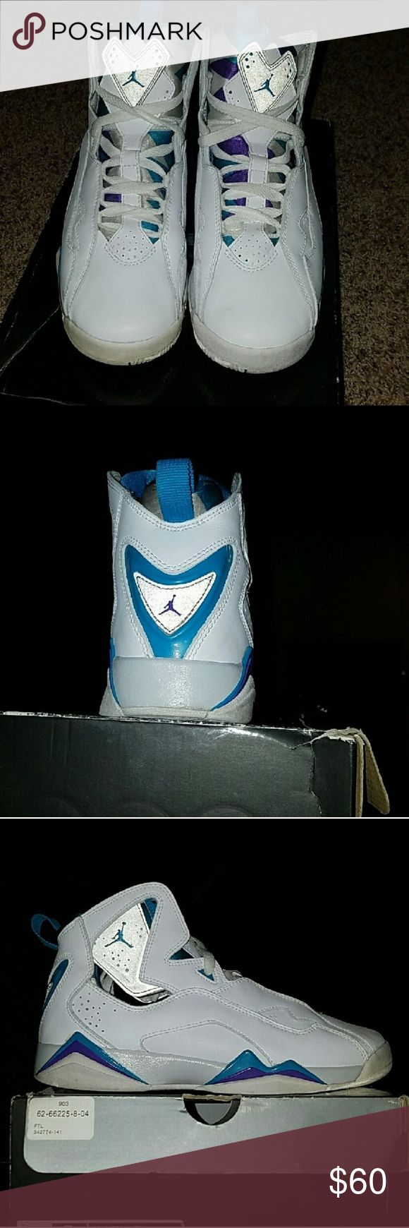Rare Jordan True Flight Good Condition, Only Wore 2 or 3 Times. Size 7Y Boys & 8.5 Girls Jordan Shoes Sneakers