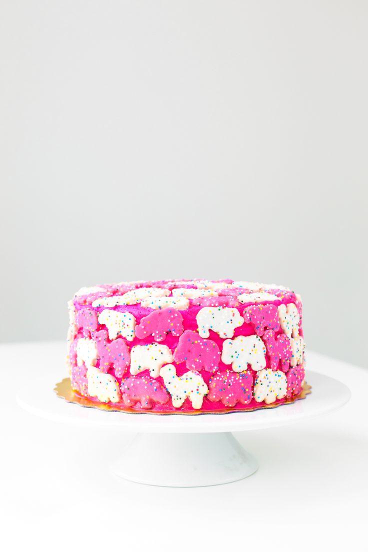 Six Ways to Makeover A Grocery Store Cake | studiodiy.com