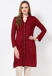 Festivities call for ethnic wear that is not just appealing, but comfortable to wear as well! Understanding the same, Aurelia offers this red coloured kurta that will add grace to your look, while keeping you warm and cosy all along.