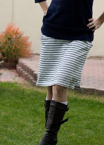 Inspiration - turn a men's polo shirt into a skirt.