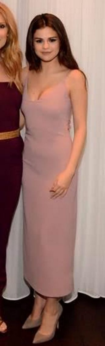 Who made  Selena Gomez's pink dress?