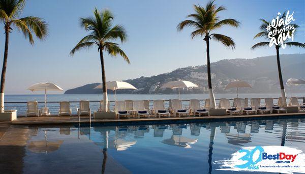 """Con una atractiva localización cerca de centros nocturnos, restaurantes y bares, el Calinda Beach """"Acapulco es ideal para tomar unas vacaciones familiares en la Zona Dorada de Acapulco. El hotel tiene un diseño circular, cuenta con 350 habitaciones y brinda vista a la ciudad y al mar. Ofrece facilidades ejecutivas, playa, área de juegos infantiles y piscinas. #OjalaEstuvierasAqui"""