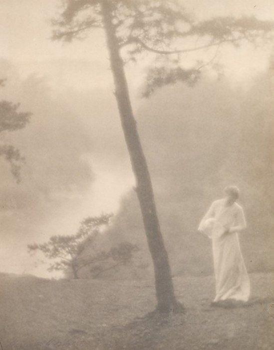 Clarence Hudson White. Morning 1905