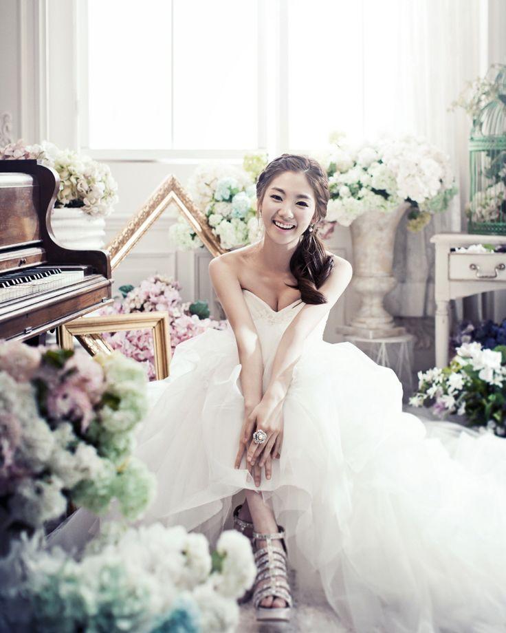 Korea Pre-Wedding Studio Photography by May Studio on OneThreeOneFour 10