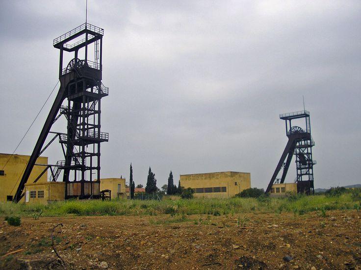 Le torri della miniera carbonifera di Serbariu a Carbonia. Sulcis - Sardegna 16.11.2015