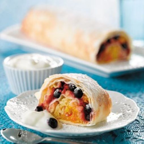Apple and blueberry strudel | Healthy Food Guide