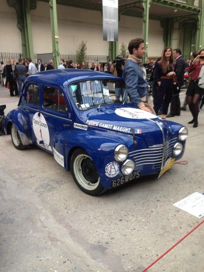 Tour Auto Renault 4CV