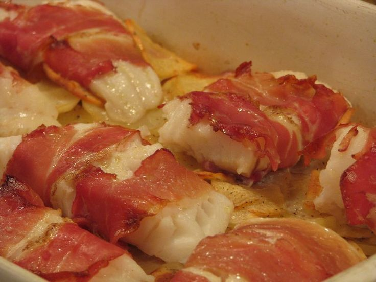 Hake wrapped in prosciutto, with potatoes [damn good! though I chopped the scallions & parsley...we forgot to add them!]