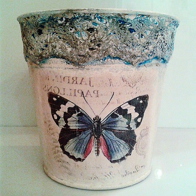 Decoupage with pizzi goffre technique! #vintage #lace #buterfly #papillon #pizzi #decor #decoupage #painting #art #crafts #skg #thessaloniki #artist #drawing #drawings #markers #paintings #watercolor #oilcolor #ink #creative #sketch #sketchaday #pencil #arte #dibujo #artwork #Art2Art #colour #tagstagramers