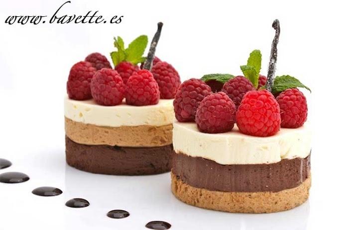 Mousse de tres chocolates con frambuesas