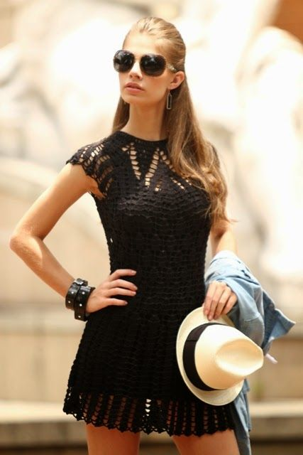 Graficos y Crochet. black crochet dress love