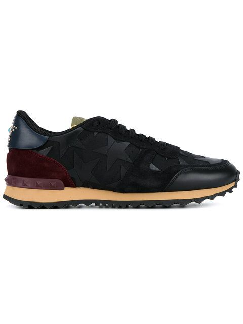 Shop Valentino Valentino Garavani 'Rockrunner' sneakers.
