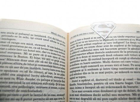 Semne de carte Erou - Mindblower.ro Cadouri inedite pentru cei care iubesc atat de mult cartile incat se viseaza eroii din povestile pe care le citesc,