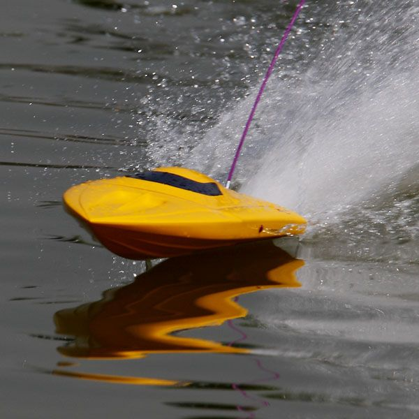 Google Image Result for http://www.china-rc-toys.com/uploadfile/product/RC-Boat-EP-Boat/RC-Electric-brushless-motor-Boats-0.jpg