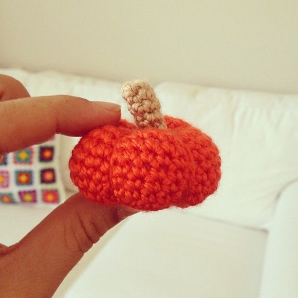 Amigurumi Pumpkin Crochet Pattern : 17 Best images about crochet pumpkin on Pinterest Free ...
