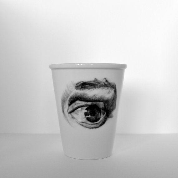 Porseleinen beker met oog van Cebine op Etsy, $19.60