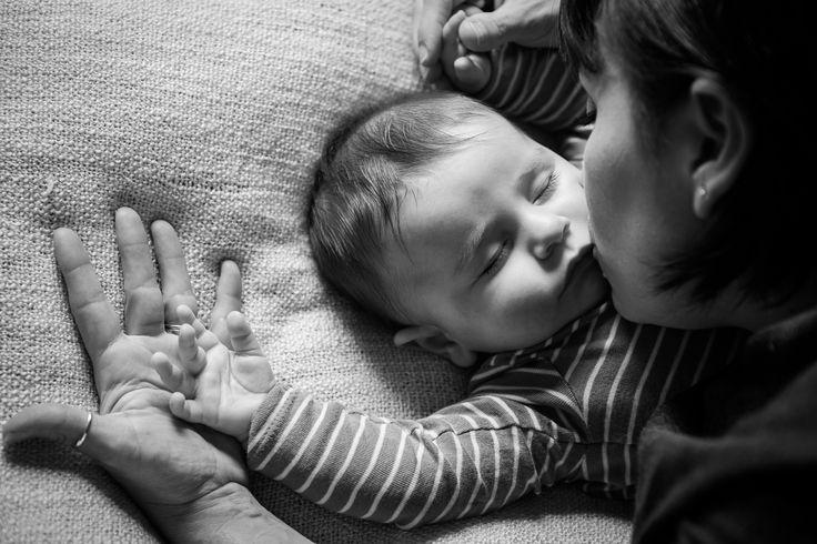 #blackandwhite #mom #son #neonato #newlife #love #biancoenero #photo #happy #moments #attimi #photographer #foto #monicapallonifotografa