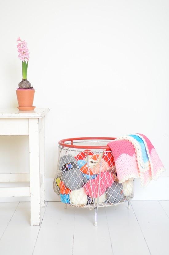 (via Details for home & Furniture / basket)