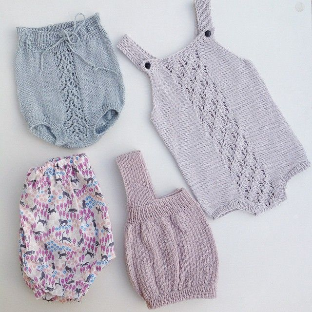 Baby bottoms #babystrikk #bleiebukse #ministrikk #playpocketsuit…