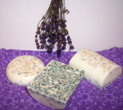 The Scented Home and Garden: Project - Make Lavender Oatmeal Soap
