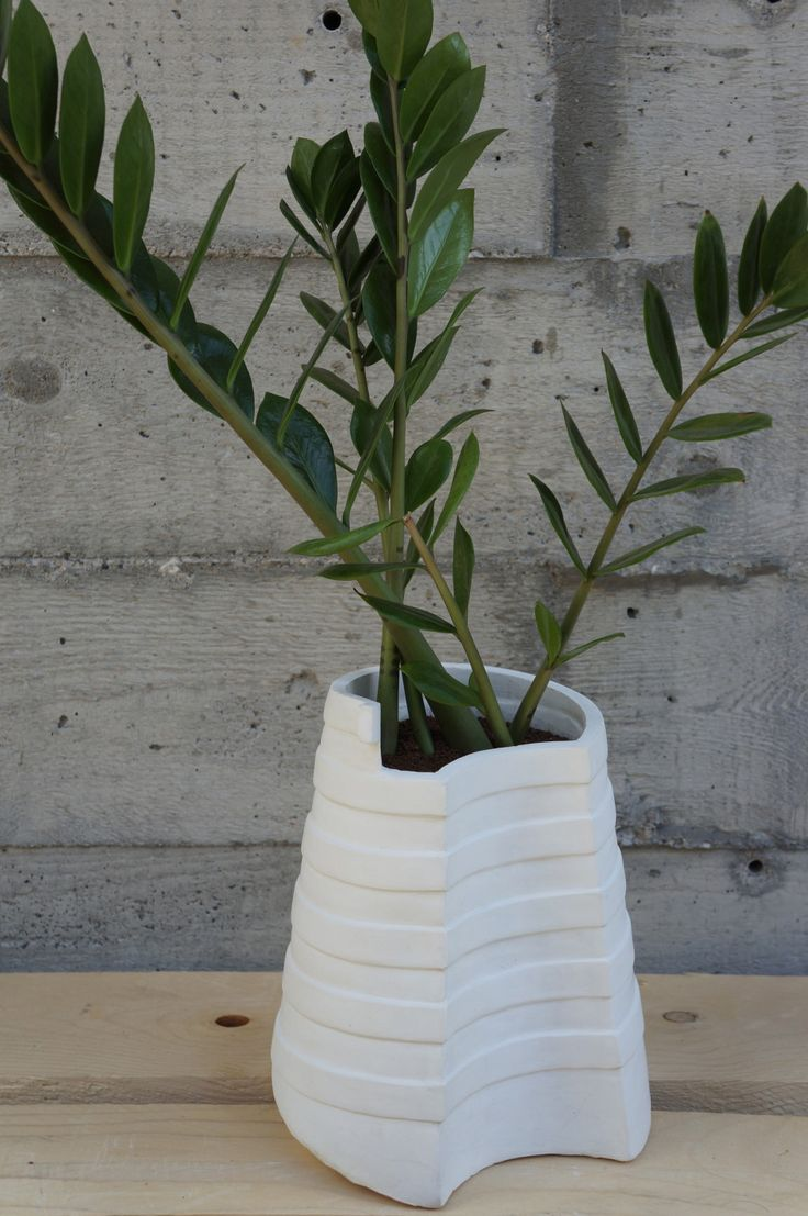 Vase #2 by Atelier GertJan made in The Netherlands op CrowdyHouse